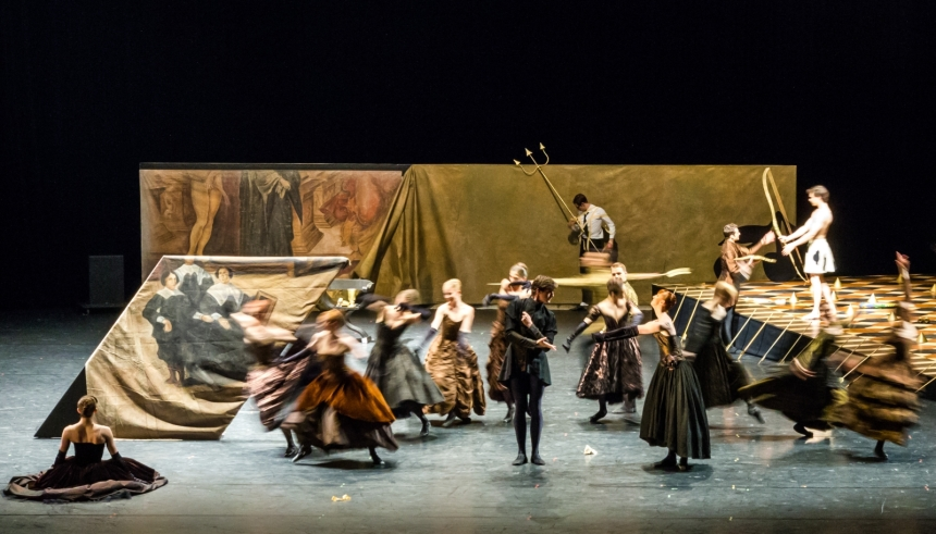 1-ensemble-impressing-the-czar-by-w-forsythe-semperoper-ballet-photo-ian-whalen