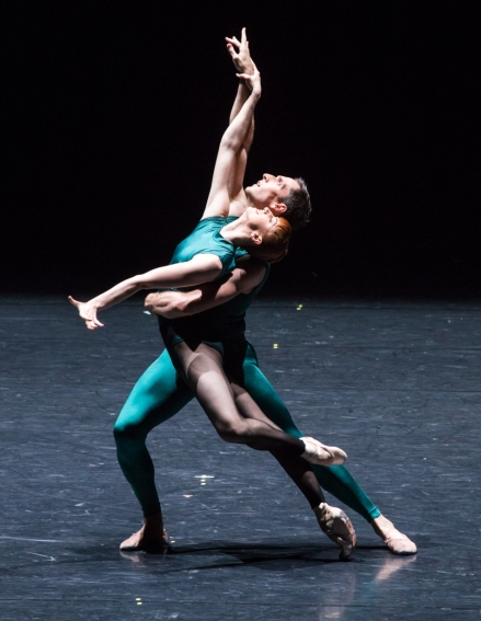 6-e-vostrotina-and-r-coumes-marquet-impressing-the-czar-by-w-forsythe-yemperoper-ballet-photo-i-whalen