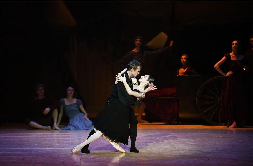 DonQuichotte-balletOBordeaux-by-Julien-Benhamou-4